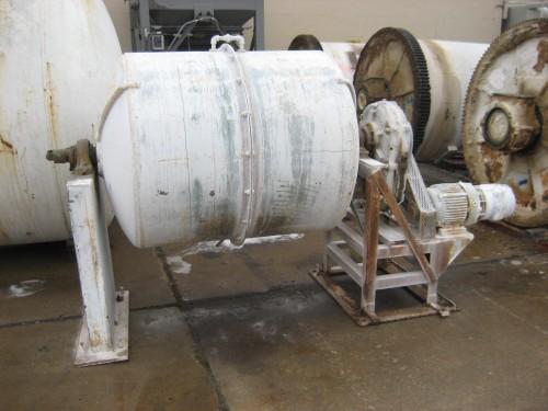 90 gallon US Stoneware Pebble Mill