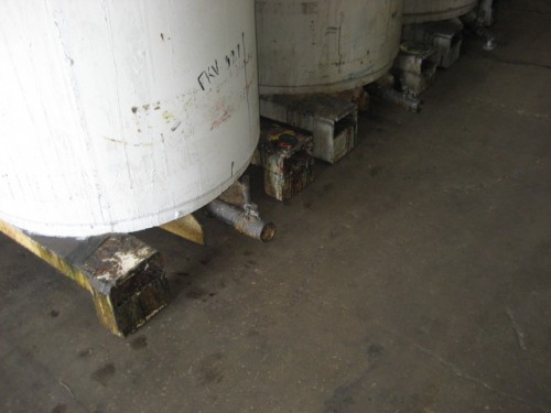 500 gallon Steel Tanks with top covers.  (qty.3)