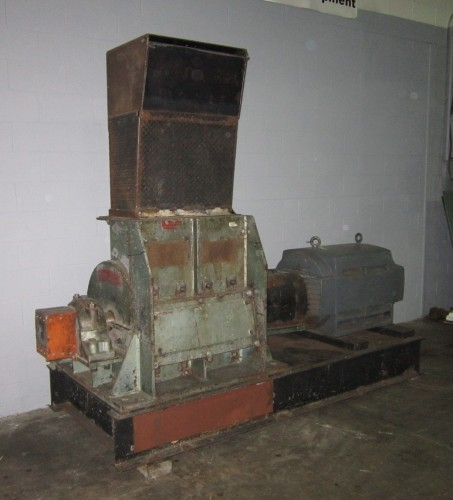 Mitts and Merrill 300HP Hog Grinder