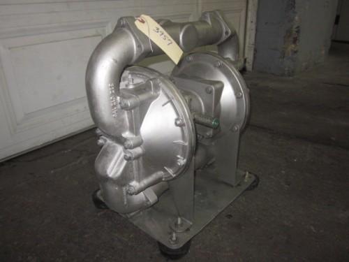 aluminum with buna diaphragm