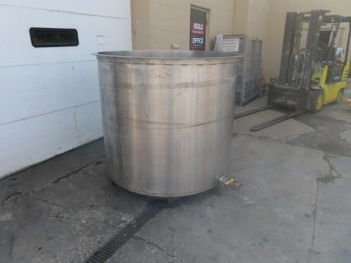 530 gallon stainless steel tank