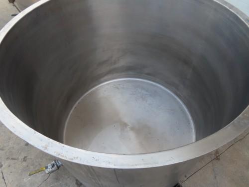 650 gallon stainless steel tank