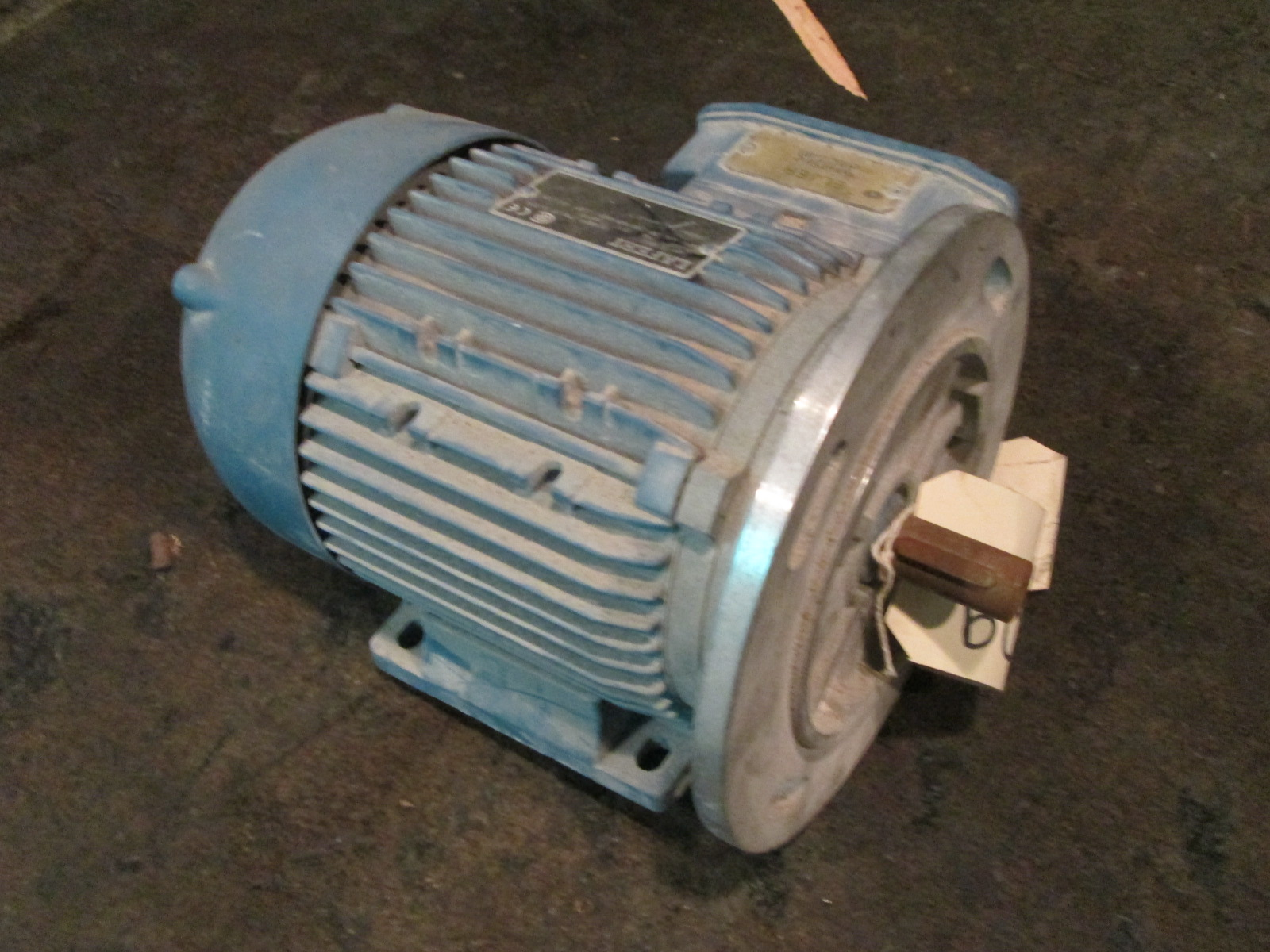 1 5 hp lafert electric motor 3360 rpm tefc for Electric motor 1 5 hp